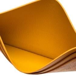 حافظة بطاقات جويارد سان سولبيس جلد وكانفاس مقوى جويارين صفراء