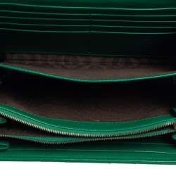 Gucci Green Matelasse Leather Mini GG Marmont Crossbody Bag