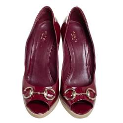 Gucci Red Patent Leather Horsebit  Peep Toe Wedge Pumps Size 40.5