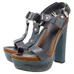Gucci Grey Leather Platform Sandals Size 39