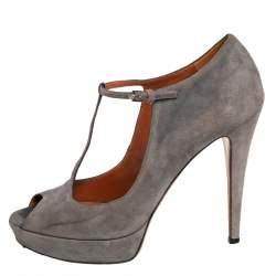 Gucci Grey Suede Platform Peep Toe Ankle Strap Sandals  Size 39
