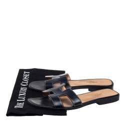 حذاء سلايدز هيرمس فلات أوران جلد أسود مقاس 36