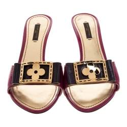 Louis Vuitton Pink Textured Patent Leather Flower Detail Open Toe Sandals Size 39
