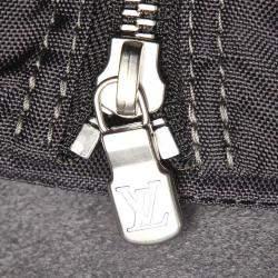 Louis Vuitton Black Taiga Leather Helanga 1 Poche Travel Bag