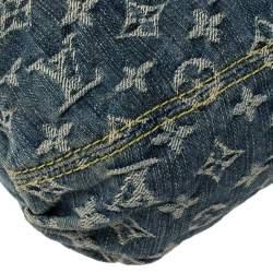 حقيبة لوي فيتون بليتي دنيم أزرق مونوغرامي بطيات مزينة
