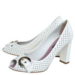 حذاء كعب عالي لوي فيتون جلد أبيض مثقب مقدمة مفتوحة كعب مربع سميك مقاس 36.5