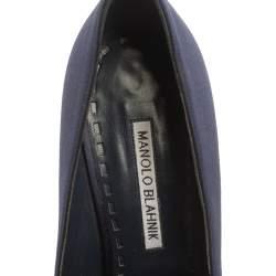 Manolo Blahnik Navy Blue Satin Nadira Crystal Embellished Pointed Toe Pumps Size 39.5