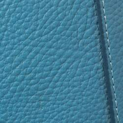 حقيبة إم سي إم جلد أزرق مرصعة