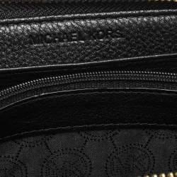 Michael Kors Black Leather Jet Set Zip Around Wallet