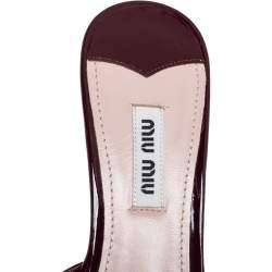 Miu Miu Burgundy Patent Leather Pearl Embellished Pointed Toe Mule Sandals Size 37.5