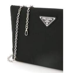 حقيبة كلتش بسلسلة برادا متوسطة مبطنة نايلون سوداء