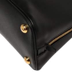 حقيبة كروس برادا بروميناد جلد سافيانو لوكس زرقاء صغيرة