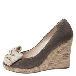 Prada Olive Green/Beige Suede and Canvas Bow Peep Toe Espadrille Wedge Pumps Size 38.5