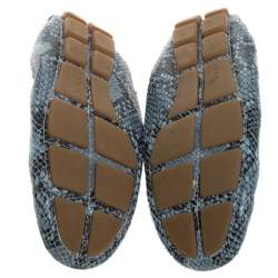 حذاء لوفرز برادا بطراز سليب أون و مجعد جلد ثعبان بارز رصاصي مقاس 38