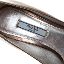 Prada Brown Leather Classic Platform Pumps Size 37