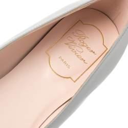 Roger Vivier Grey Patent Leather Ballet Flats Size 39