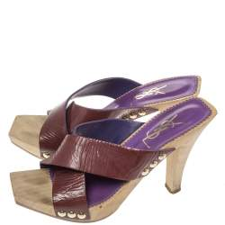 حذاء سلايدز سان لوران باريس خشبي سيور متعاكسة لامع عنابي مقاس 37