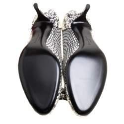 Salvatore Ferragamo Monochrome Snakeskin Leather Carla Pumps Size 40.5