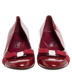 Salvatore Ferragamo Red Patent Leather Vara Bow Pumps Size 40.5