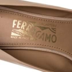 Salvatore Ferragamo Beige Leather Zeri Pumps Size 40.5