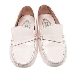 Tod's Blush Pink Leather Asymmetrical Tong Driving Loafers Size 39
