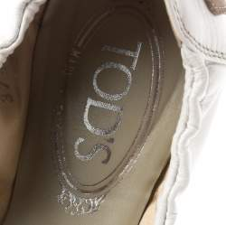 Tod's White Leather And Beige Cap Toe Buckle Detail Ballet Flats Size 37.5