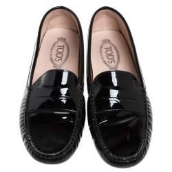 حذاء لوفرز تودز بسير بيني و بطراز سليب أون جلد لامع أسود مقاس 42