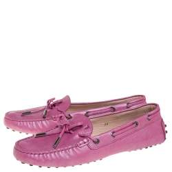 Tod's Metallic Pink Leather Bow Loafers Size 39