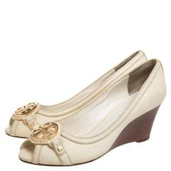 Tory Burch Off White Leather Logo Embellished Wedge Pumps Size 37