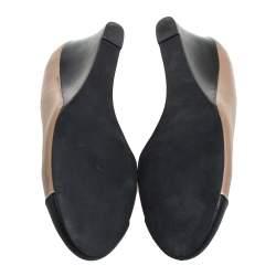 Tory Burch Beige/Black Leather Cap Toe Wedge Pumps Size 40.5