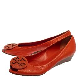 Tory Burch Orange Leather Logo Slip On Pumps Size 38.5