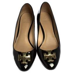 Tory Burch Black Patent Leather Raleigh Pumps Size 38.5