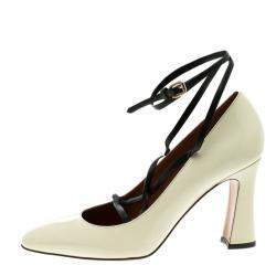 Valentino Beige Patent Leather Bianca Lace Up Pumps Size 37