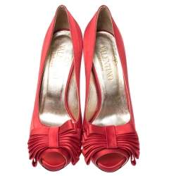 Valentino Red Satin Bow Detail Peep Toe Platform Pumps Size 40