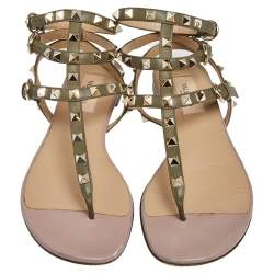 Valentino Green/Beige Leather Rockstud Thong Flat Sandals  Size 37