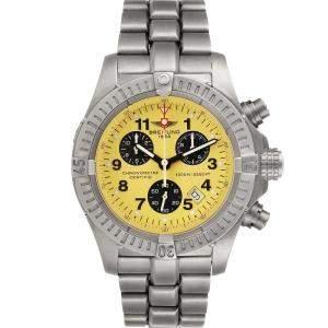 ساعة يد رجالية بريتلينغ أرومارين كرونو أفنغر أم1 أيه73360 تيتانيوم صفراء 44 مم