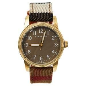 ساعة يد رجالية بربري يوتيليتاريان بي يو7834 جلد و ستانلس ستيل ذهبي اللون بيج 40 مم