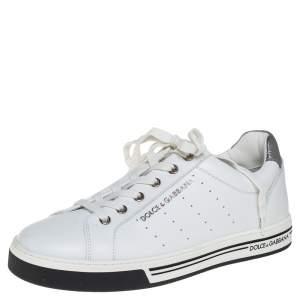 حذاء رياضي دولتشي أند غابانا جلد أبيض بالشعار المزخرف عنق منخفض مقاس 39