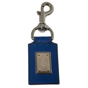 سلسلة مفاتيح دولتشي أند غابانا لوحة شعار الماركة جلد أزرق
