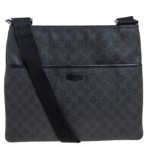 Gucci Black GG Supreme Canvas Medium Flat Messenger Bag