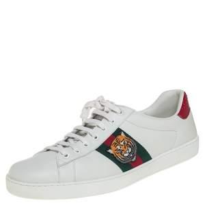 حذاء رياضي غوتشي إيس بتطريز نمر عنق منخفض جلد أبيض مقاس 44