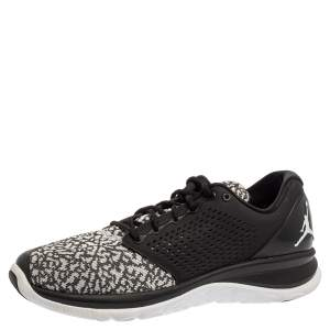Jordan Black/White Knit Fabric And Synthetic Trainer ST Sneakers Size 44