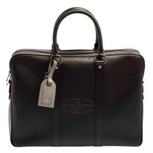 حقيبة لوي فيتون بورت دوكومنتز فواياج جلد تاغيا أسود PM