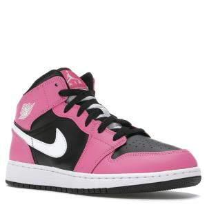 حذاء رياضي نايك جوردان 1 ميد وردي مقاس 38