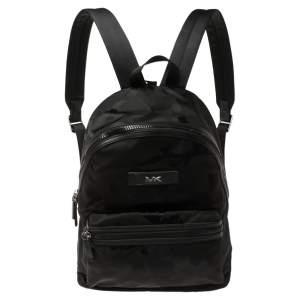 حقيبة ظهر مايكل كورس كنت جلد ونايلون كاموفلاج مموه سوداء