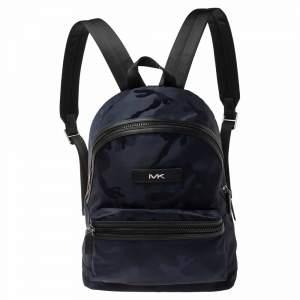 حقيبة ظهر مايكل كورس كنت جلد ونايلون سوداء/ زرقاء