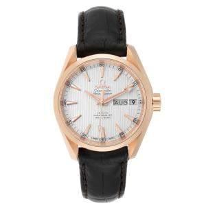 ساعة يد أوميغا أنيوال كالندر أكوا تيرا 231.53.39.22.02.001 ذهب وردي عيار 18 فضية 38.5 مم