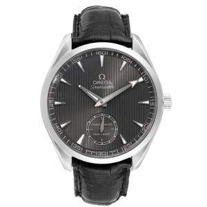 Omega Grey Stainless Steel and Leather Aqua Terra Railmaster XXL 231.13.49.10.06.001 Men's Wristwatch 49.2MM