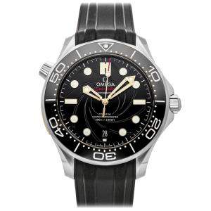 Omega Black Stainless Steel Seamaster Diver 300M James Bond Limited Edition 210.22.42.20.01.004 Men's Wristwatch 42 MM