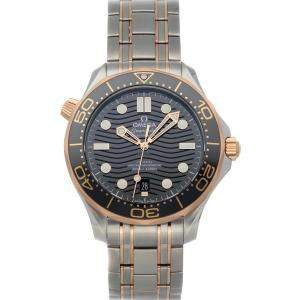 Omega Black 18K Rose Gold And Stainless Steel Seamaster Diver 300M 210.20.42.20.01.001 Men's Wristwatch 42 MM